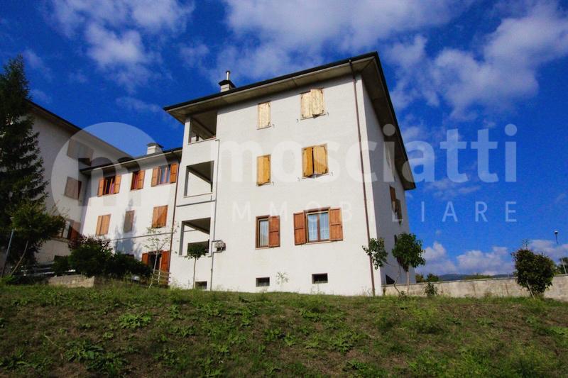 Matelica, Via Francesco Nuzi, vendesi appartamento al piano secondo - 1