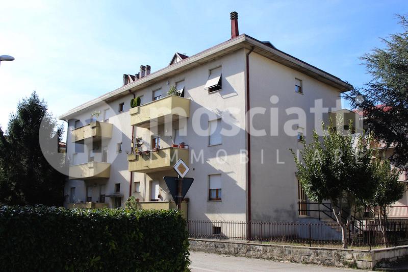 Matelica vendita appartamento Via Paris Scipione - 1