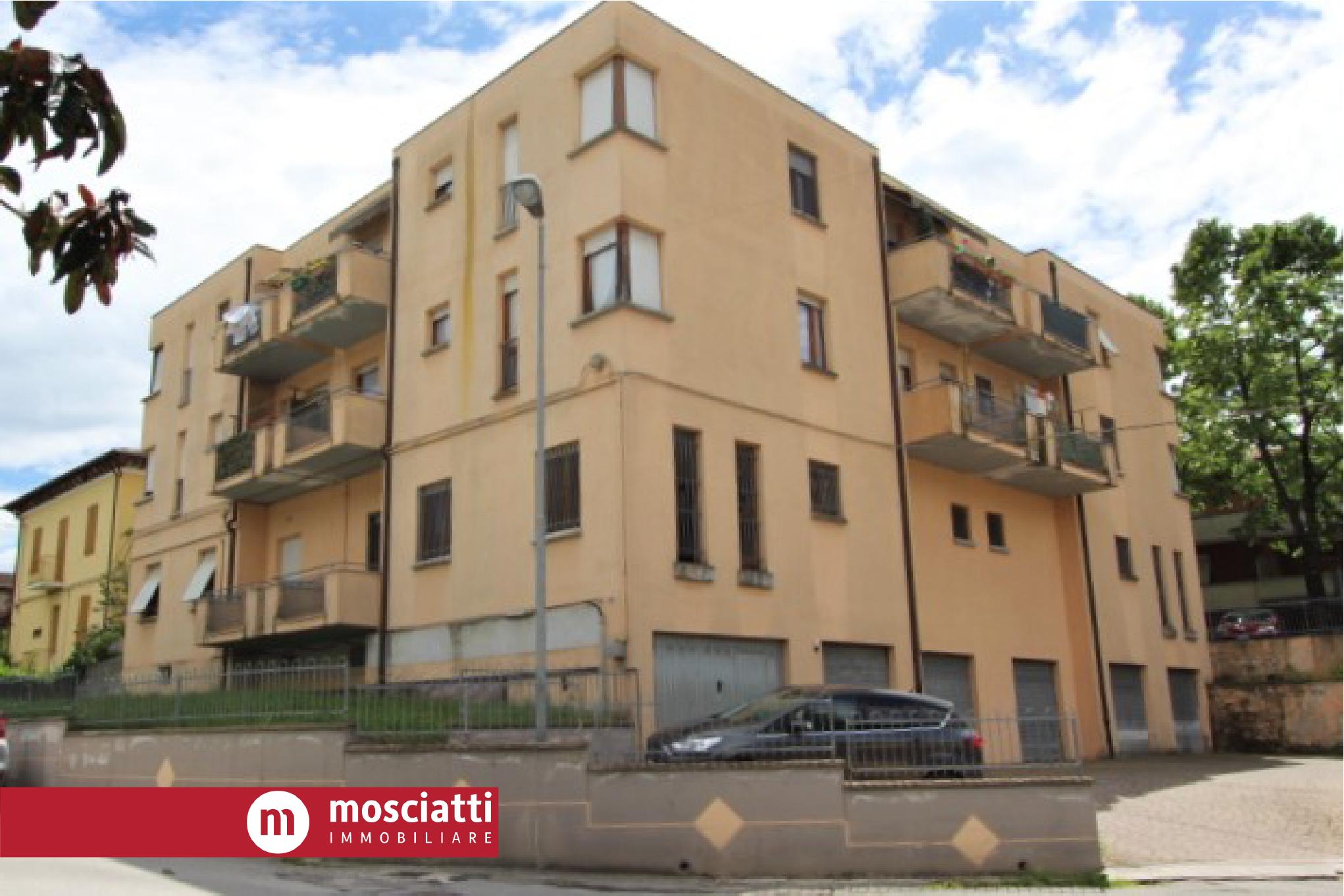 MATELICA, Quartiere Regina Pacis, Viale Cesare Battisti vendita APPARTAMENTO cod - 1