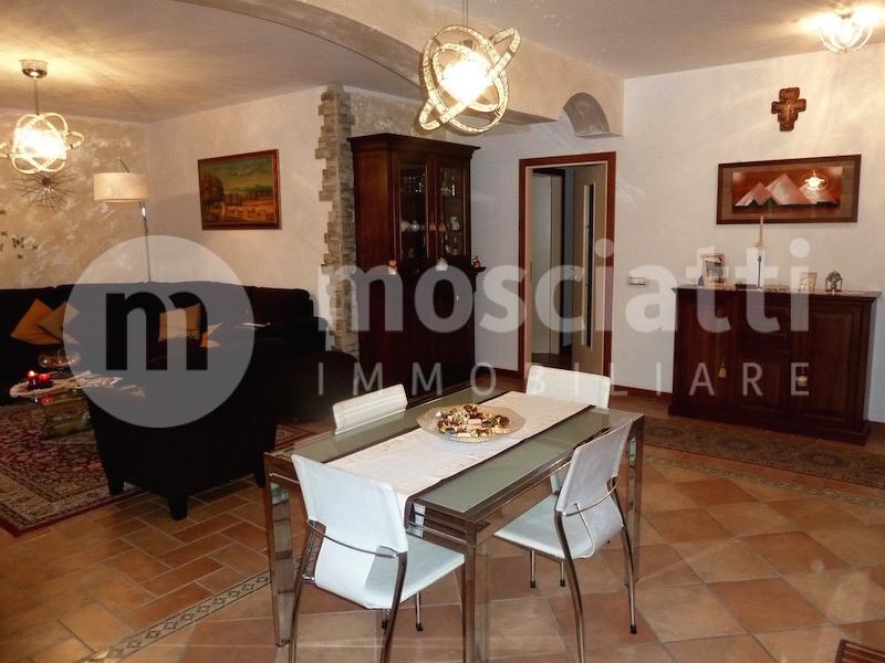 Esanatoglia vendita appartamento Via Guido Rossa - 1