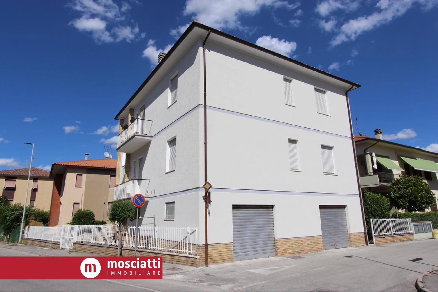 MATELICA, Quartiere San Rocco, Via Leonardo vendesi APPARTAMENTO cod - 1