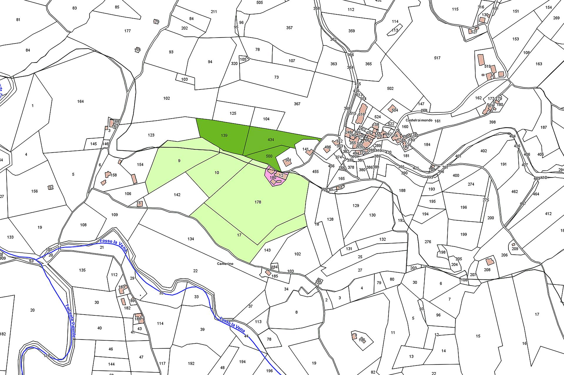 Castelraimondo, Località Collina, vendesi terreno e fabbricati - 1