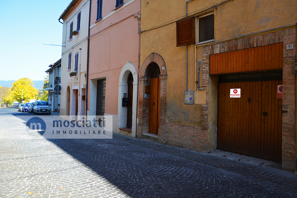 Matelica,Via Vincenzo Boldrini in Centro storico, vendesi appartamentino e garage - 1