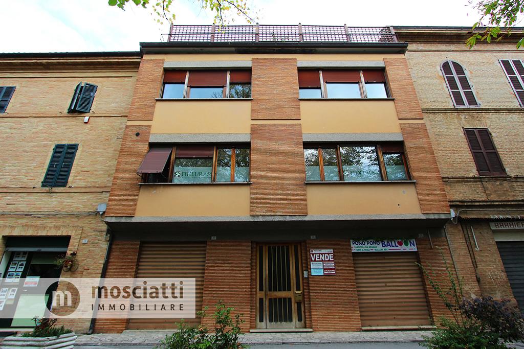 MATELICA, Spiazzo Beata Mattia, vendita APPARTAMENTO, centro storico cod - 1