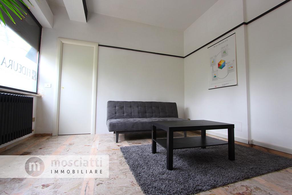 Matelica,  Spiazzo Beata Mattia, vendita appartamento, centro storico - 1
