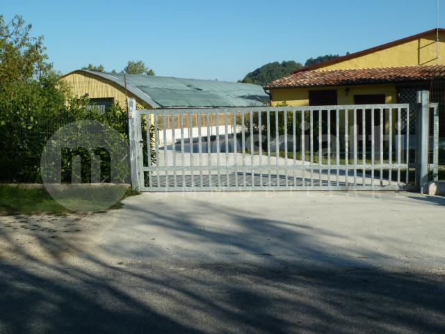 Matelica, vendita garage per camper, località Terricoli - 1
