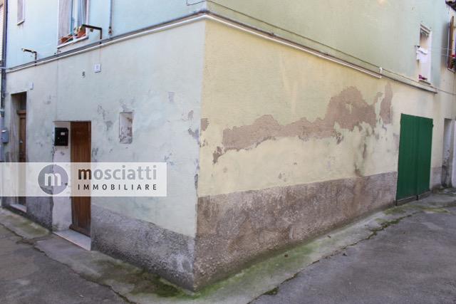 Matelica, centro storico, vendita abitazione terra-tetto, Via Crociera Sant'Agostino - 1