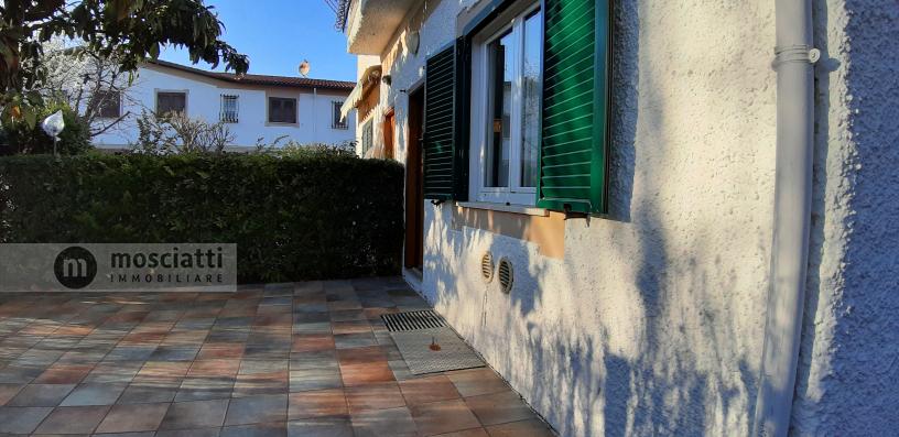 Porto Recanati, vendita appartamento sul mare in Villaggio Turistico Internazionale - 1