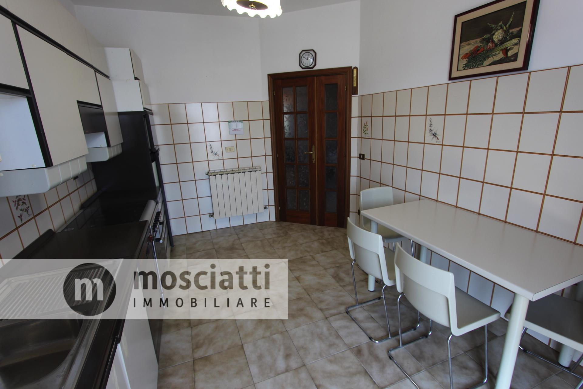 Matelica Via Campanelli, vendesi appartamento - 1