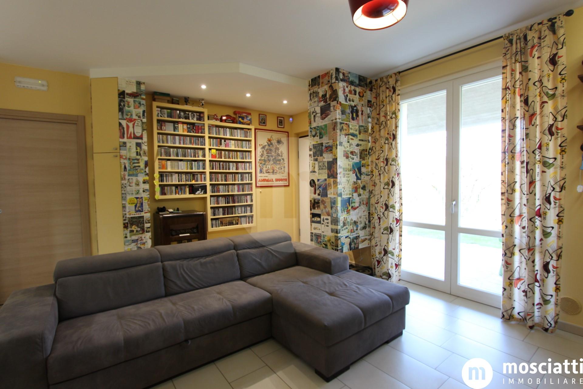 Matelica, Sainale, in Via Pirandello, vendesi appartamento con ingresso indipendente - 1