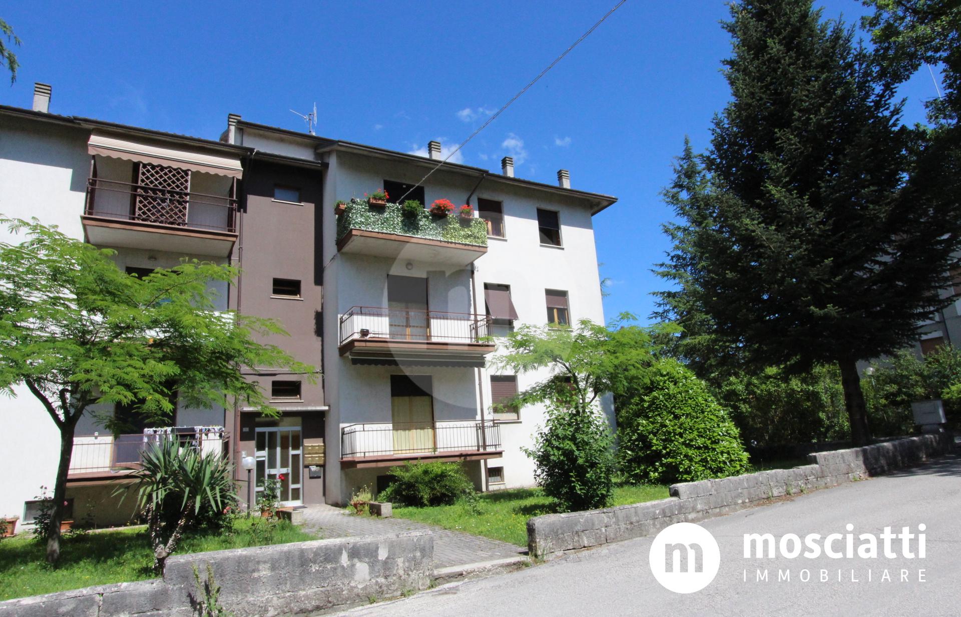 Matelica, Via Madonna dei Pantani, vendesi appartamento al piano secondo - 1