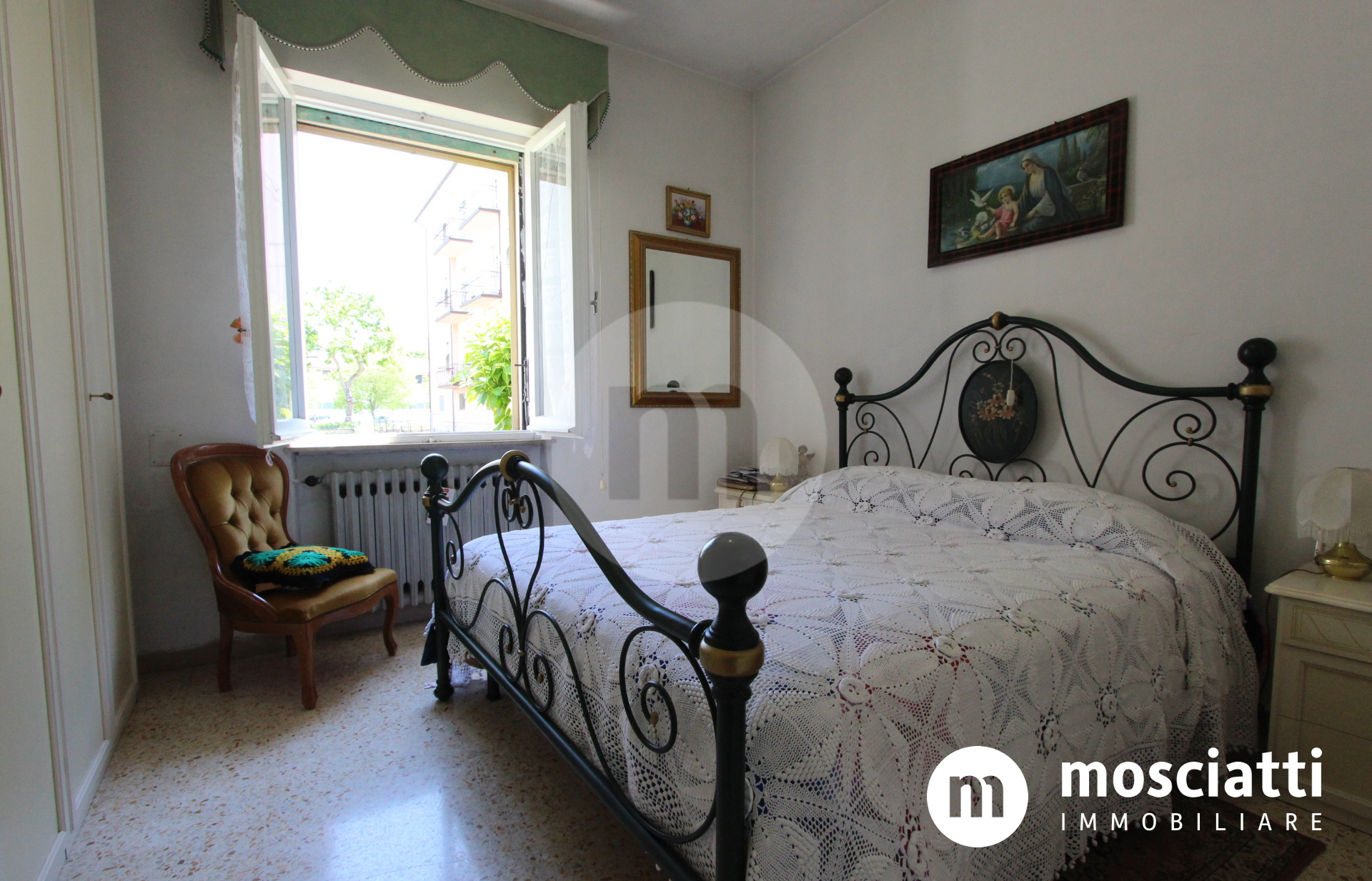 Matelica, Via F. Nuzi, vendesi appartamento con ingresso indipendente e giardino - 1