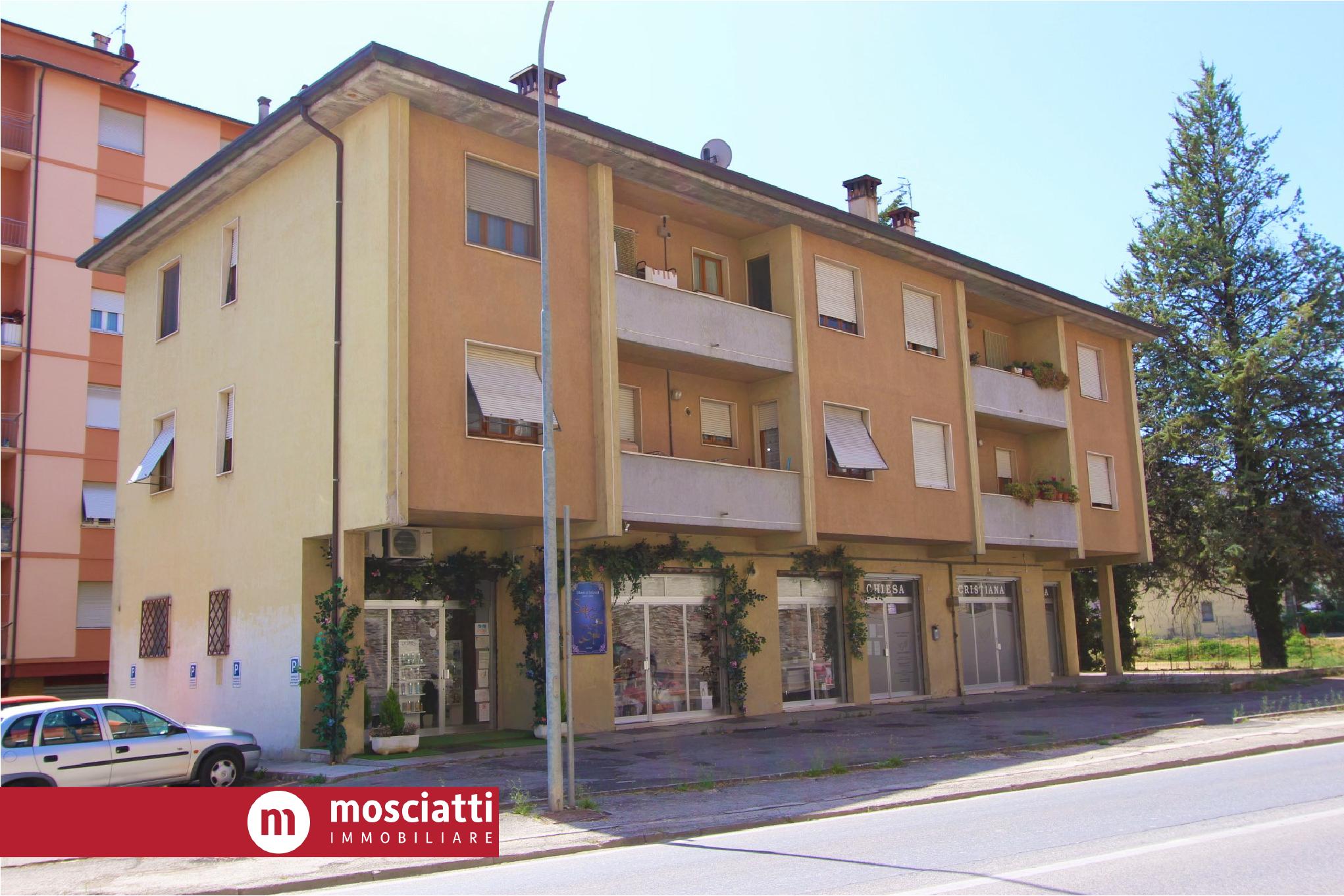 MATELICA, Via Circonvallazione, vendesi GARAGE cod - 1