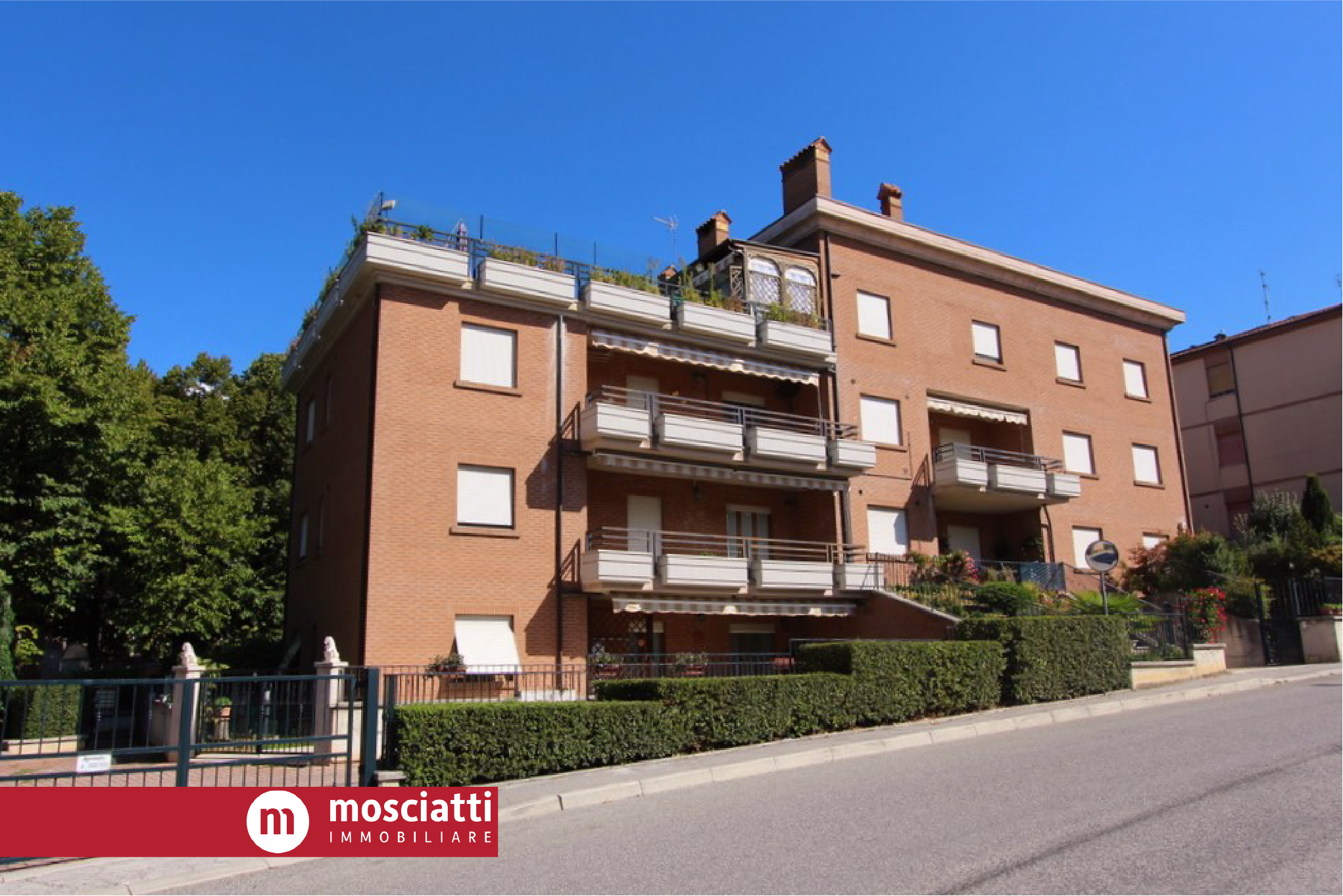 MATELICA, Via Roma, Quartiere San Rocco, vendiamo APPARTAMENTO - 1